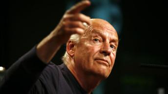 A los 74 años, murió el escritor uruguayo Eduardo Galeano