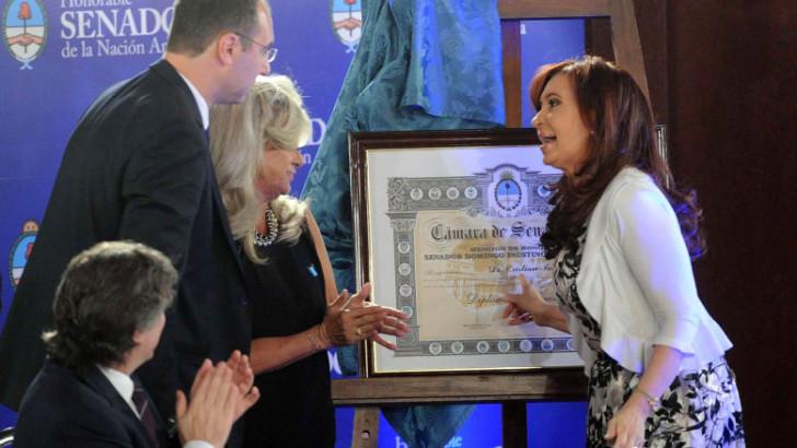 El médico chaqueño que operó a CFK recibió mención de honor