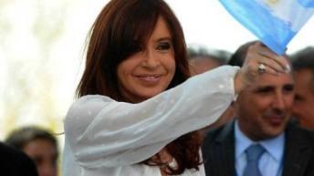 Cristina entregó el sable corvo del General San Martín al Museo Histórico Nacional