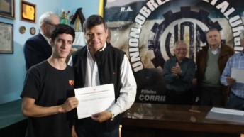 Peppo entregó certificados a la primera promoción de soldadores