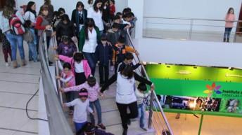 Más de cuatro mil estudiantes ya pasaron por la Feria del Libro