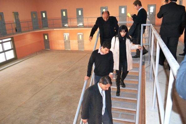 Verificaron las condiciones de alojamiento de internos en los recintos carcelarios