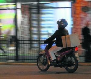 Insisten con la necesidad de formalizar el servicio de delivery