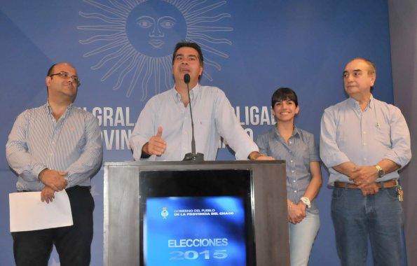 """Capitanich: """"Chaco votó en paz con una participación cercana al 75%"""""""
