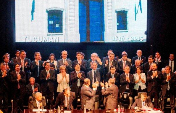 Capitanich participó del acto de asunción de Manzur a la gobernación de Tucumán