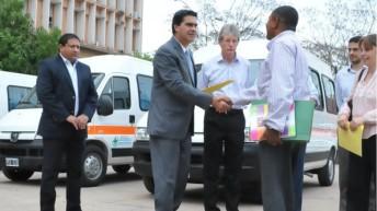 Entregaron ambulancias para 4 localidades del interior