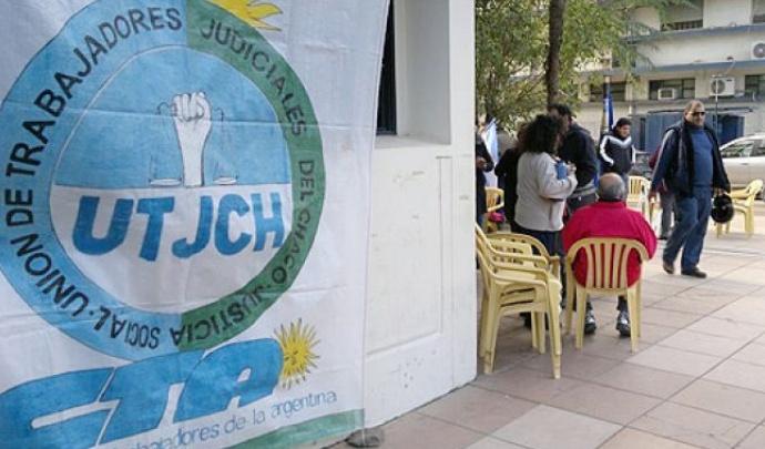 La Unión de Trabajadores Judiciales del Chaco convocó a un paro