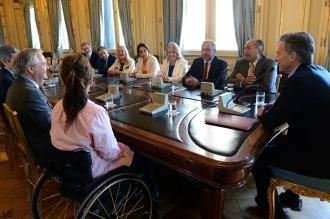 Macri recibió a senadores del Interbloque Federal y ratificó su compromiso con «el camino al diálogo»