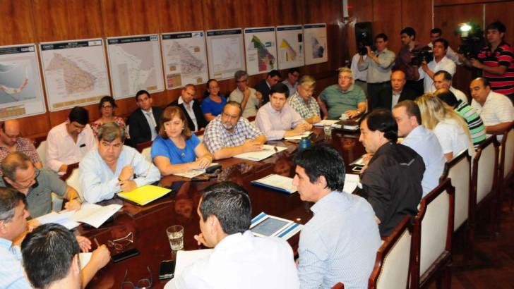 Peppo y su Gabinete repasaron el plan de acciones por la emergencia hídrica y definió obras estructurales