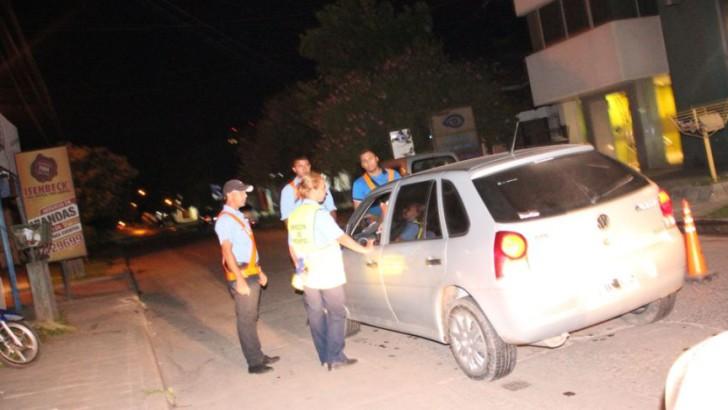 Se incautaron 12 autos y 34 motos en controles municipales de alcoholemia durante el fin de semana