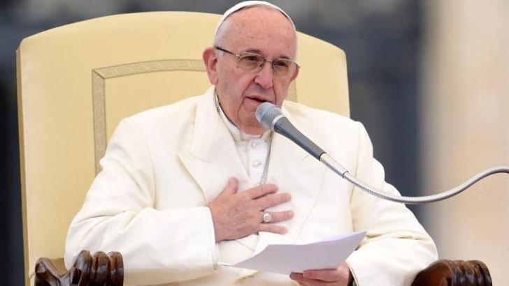Para este 2017, Francisco pidió «trabajos dignos y genuinos para la juventud»