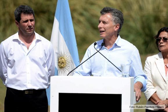 Macri anunció la eliminación de las retenciones a la minería
