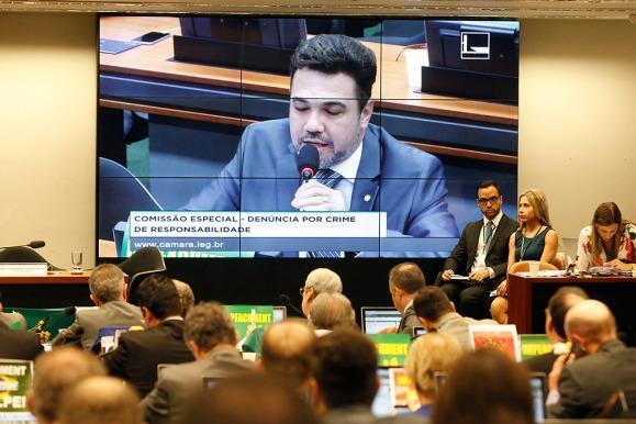 Brasil: la comisión aprobó el juicio político a Rousseff y envió el proceso a Diputados