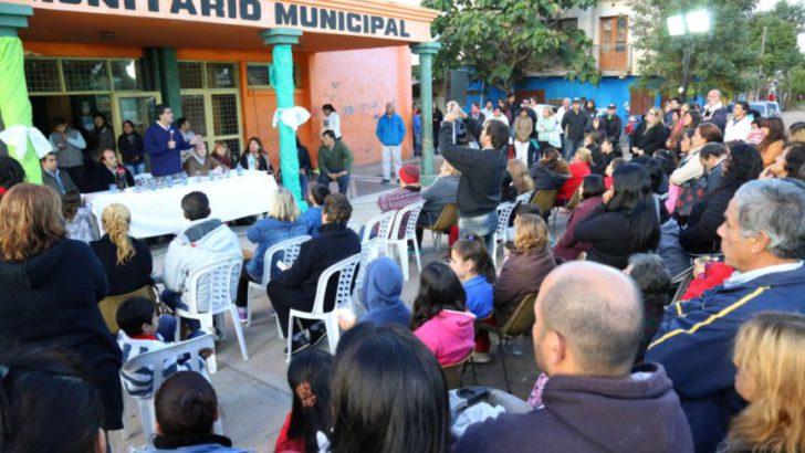 En Villa Río Negro, Capitanich convocó a los vecinos a sumarse a la Mesa de Gestión Comunitaria