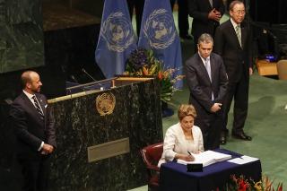 Rousseff: el pueblo «sabrá impedir retrocesos» en la democracia brasileña