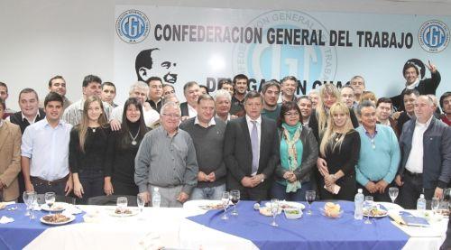 Peppo celebró la unidad del movimiento obrero en la cena de la CGT por el Día del Trabajador