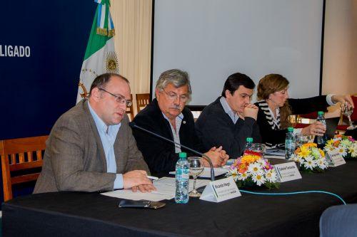 Chaco ratifica ante funcionarios nacionales la importancia de las obras del ramal C3 y la hidrovía