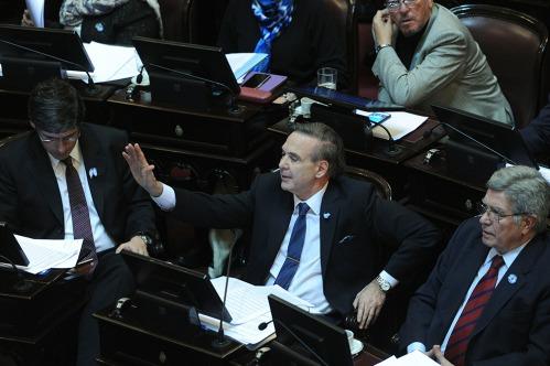 El macrismo busca un acuerdo de gobernabilidad con el FPV en el Senado