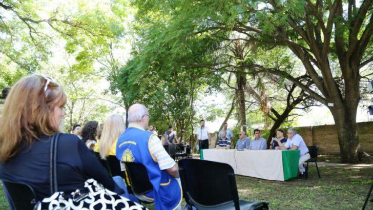 Capitanich encabezó la presentación del registro de Árboles Históricos de la ciudad