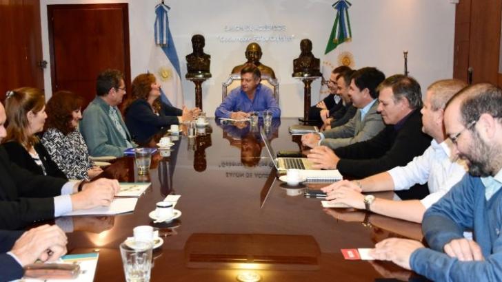 Gobierno y la Unne encaran un plan de desarrollo estratégico provincial