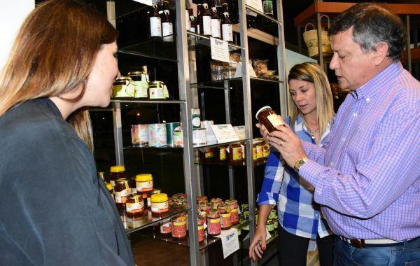 """Peppo habilitó un nuevo punto de venta de """"Chaco Produce"""""""