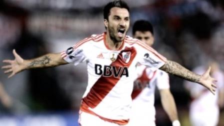 Superfinal: en Boca ya no cuentan con Pavón, y en River suman a Scocco