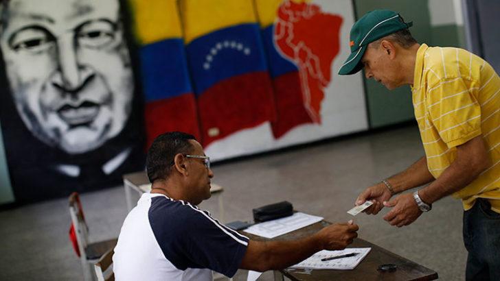 Maduro ya no está tan sólo: China pidió respetar la votación por la Constituyente