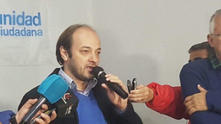 Bolatti denunció que el aumento del boleto se aprobó en una sesión fantasma