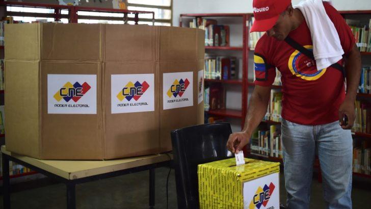 Venezuela: la elección comenzó a mezclarse entre el conflicto de poderes
