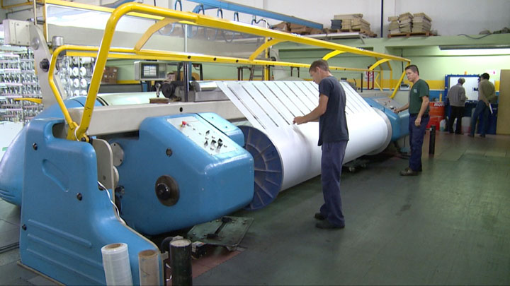 Un informe revela que la industria cayó en abril un 31%