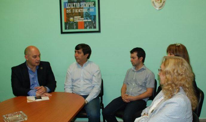 Gustavo Martínez y directivos de la Cámara de Comercio acordaron trabajos en conjunto