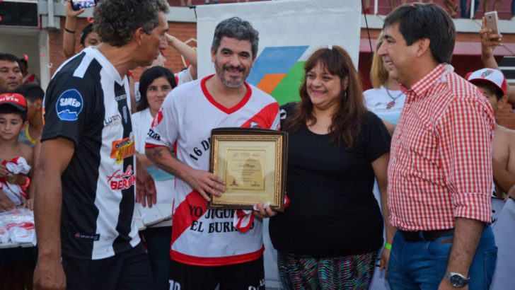 Gustavo Martínez acompañó el partido a beneficio de la Fundación Integrando Sueños
