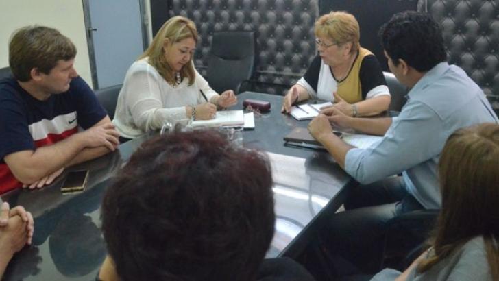 Comienza la discusión salarial docente en la provincia