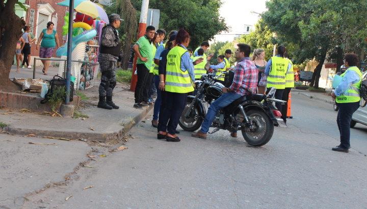 El municipio recuerda los requisitos indispensables para la circulación de autos y motos