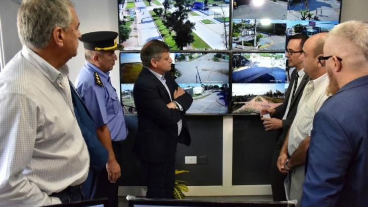 Con un nuevo sistema de videovigilancia, Peppo busca fortalecer la seguridad en Villa Ángela
