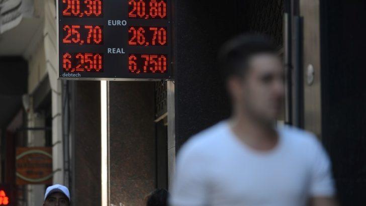Dólar sin freno: cerró a un promedio de $20,837 a pesar de la fuerte intervención del Central