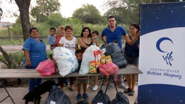 El Centro Mujer donó mercaderías, ropa y zapatillas al merendero Estrellita Mía