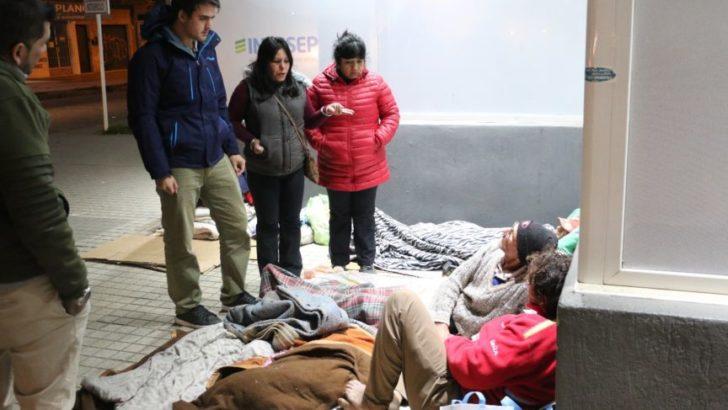 Ante las bajas temperaturas, redoblan esfuerzos para atender a personas en situación de calle