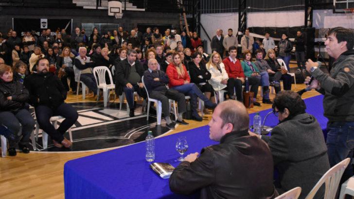 Concejo: vecinos de Villa Centenario presentaron el libro de Memorias y Anécdotas del histórico barrio