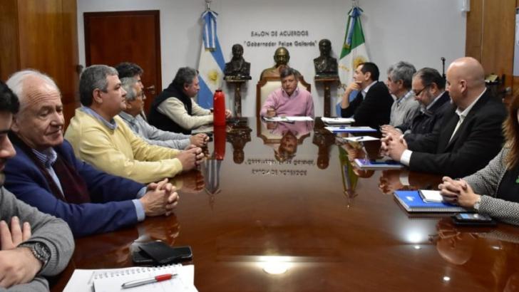 Gobierno y NBCh lanzan operatoria para mantener la obra pública y el empleo