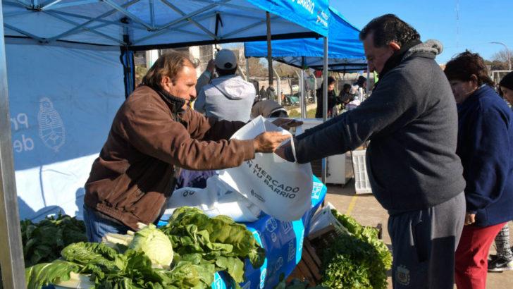 Concejo: El Mercado en tu Barrio llegó al barrio Mujeres Argentinas