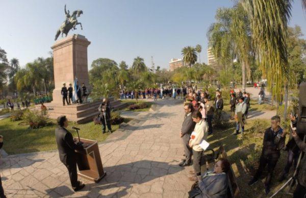 Capitanich encabezó el acto por el 168º aniversario de la muerte de José de San Martín 1