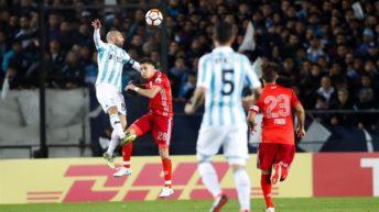 Copa Libertadores: con uno más en el complemento, Racing no pudo con River