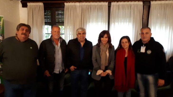 Cristina y Hugo Moyano se reunieron y mostraron juntos en un acto de Smata