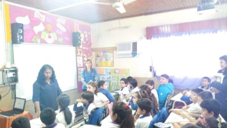 El Centro Mujer gestionó capacitación sobre cuidado del cuerpo para el Colegio Estrada