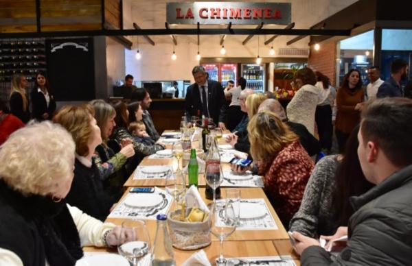 En la apertura de un restaurant, Peppo destacó las inversiones de empresarios locales 1
