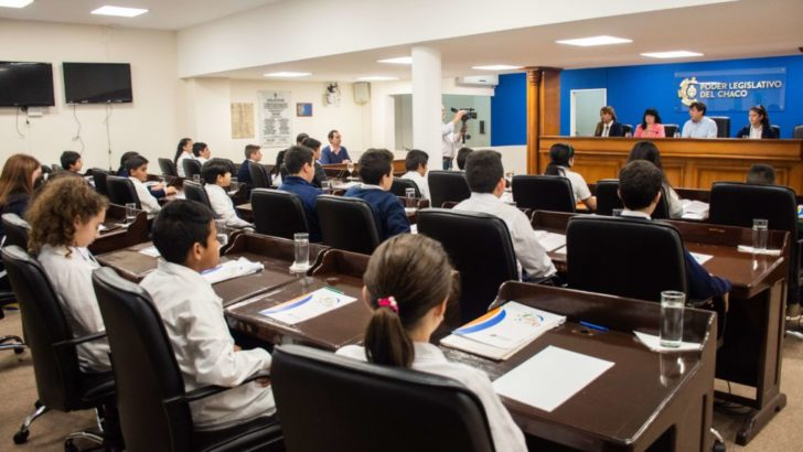 La estudiantina y mini olimpiada futuro para primarios, tema de análisis de los concejales infantiles
