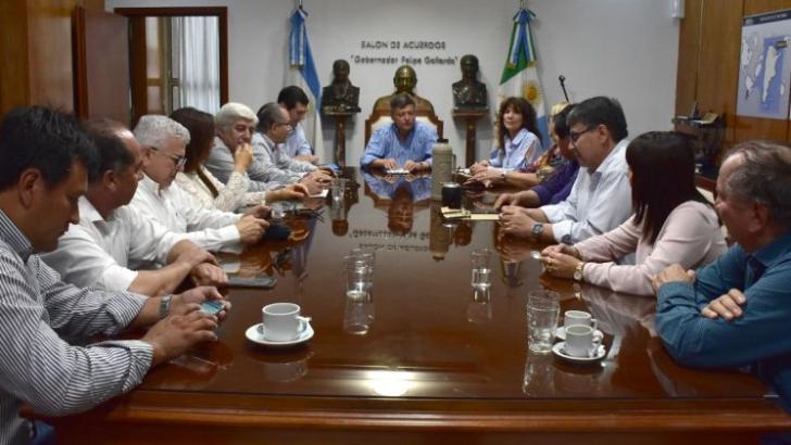 Peppo e intendentes de Cambiemos analizaron alternativas el Fondo Sojero