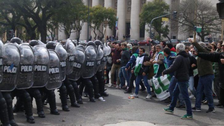 Despidos y represión en el Ministerio de Agroindustria