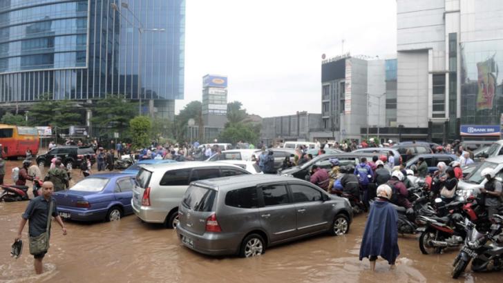 Indonesia: el tsunami y los sismos causaron al menos unos 358 muertos y 540 heridos